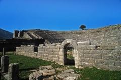 Αρχαίο-θέατρο-Δωδώνης3